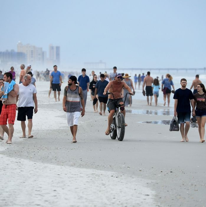 How NOT to social distance. American beachgoers in Jacksonville demonstrate disregard for lockdown rules.