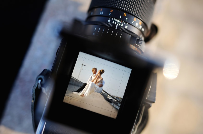 Working with a digital wedding photo editing service can benefit professional wedding photographers, as latest survey reveals 55% of each job is spent image retouching.