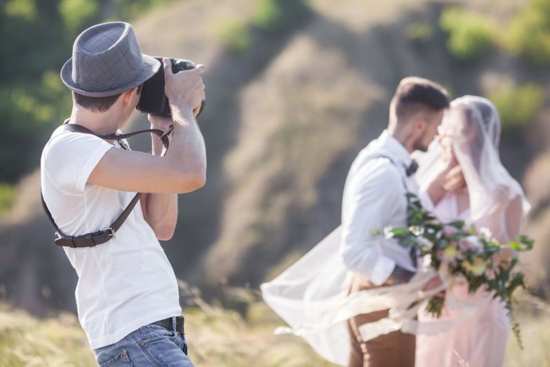 Digital wedding photo editing service can work in collaboration with wedding photographers to ensure they free up more photoshoot time.